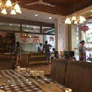 尹猪脚烧腊餐厅