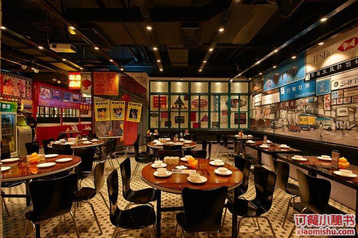 年轻白领群体和家庭群体是丽粤茶餐厅的主要消费者,清新鲜亮,温馨